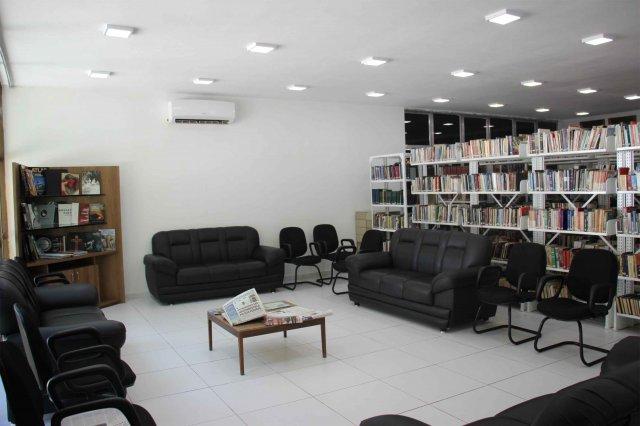 Biblioteca Mário Melo